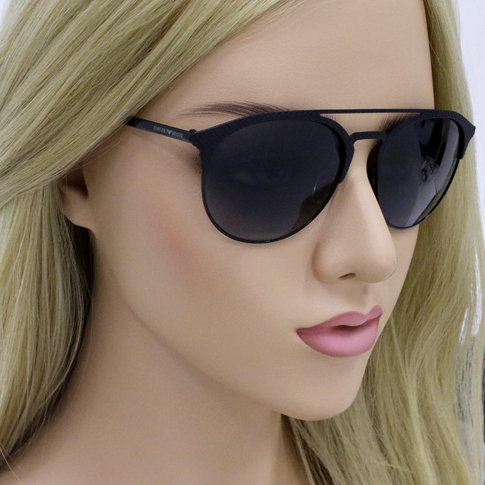 3099225c9fbae ... Óculos de Sol Emporio Armani Redondo Armação Plástico Preto Lente Preta  Comum Com Plaquetas ea2052 3014t ...