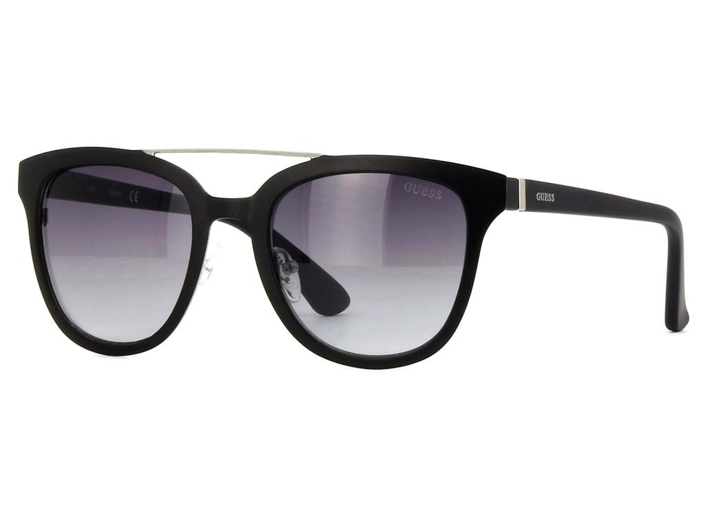 Óculos de Sol Guess Redondo Armação Acetato Preta Lente Preta Degradê Com  Plaquetas gu7448 5202b 32e96f5097