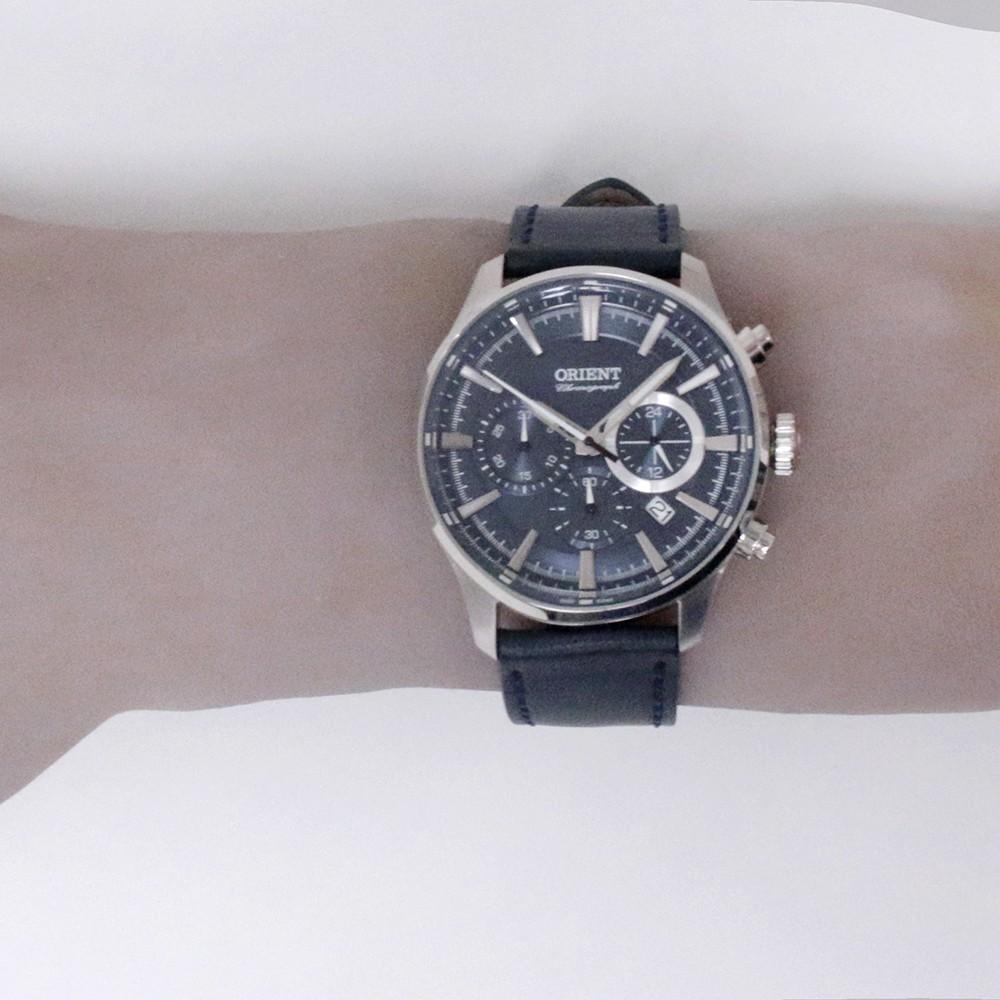 97cb7ac70d2 ... Relógio Orient Chronograph Caixa Redonda Analógico Metal Prata Pulseira  Couro Azul mbscc051 d1dx ...