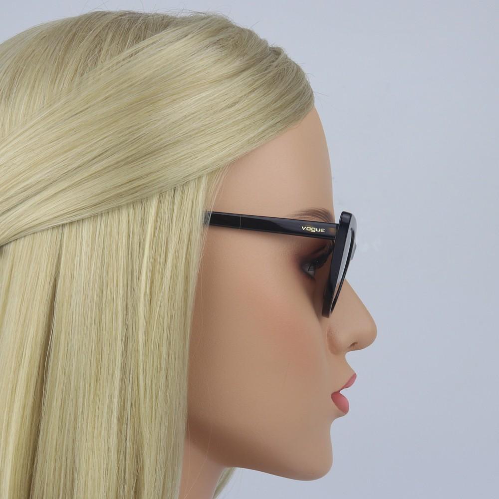 a463ea4d7c1c0 ... Óculos de Sol Vogue Gatinho Armação Acetato Tartaruga Lente Marrom  Degradê Sem Plaquetas 0vo5211s w6561354