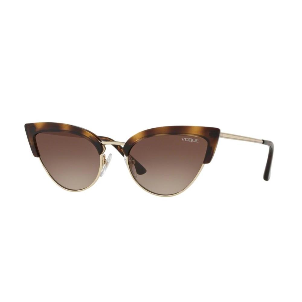 8d79a0685b982 Óculos de Sol Vogue Gatinho Armação Acetato Tartaruga Lente Marrom Degradê  Com Plaquetas 0vo5212s w6561355 ...