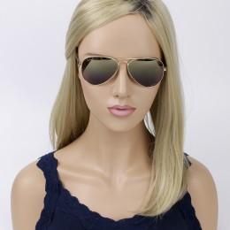 d15a25494f00a Óculos de Sol Ray-Ban Aviador Armação Metal Dourado Lente Marrom Polarizada  Com Plaquetas 0rb8317ch